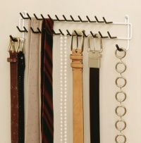8051 - 27 Hook tie & belt rack